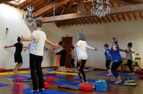 yoga class retreat tuscany